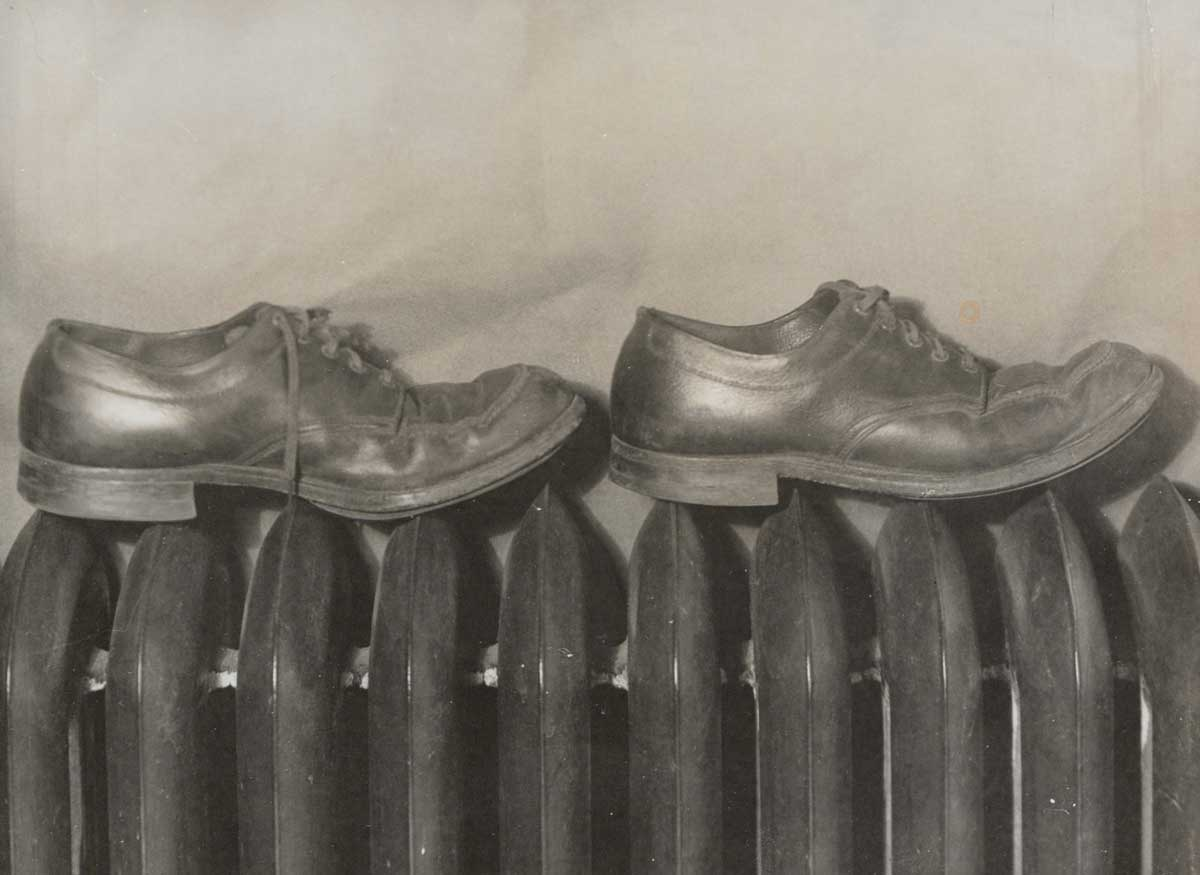 Men's shoes, 1948