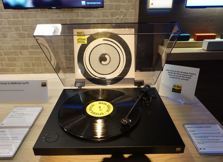 This is a Sony turntable