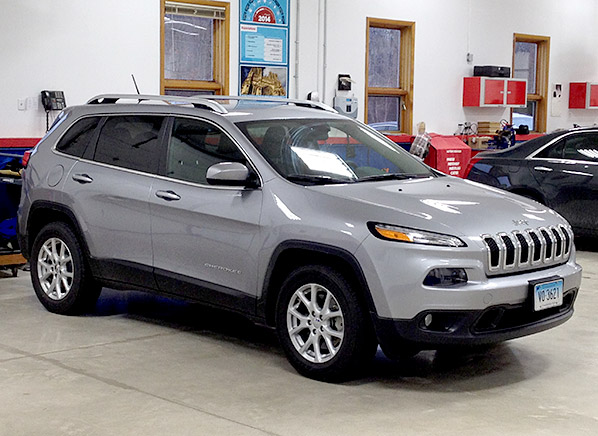 Jeep Cherokee Towing Capacity >> 2014 Jeep Cherokee   Off-Road Small SUVs - Consumer Reports News