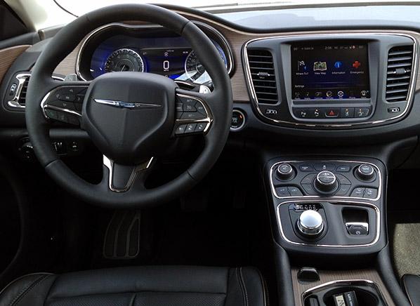 2015 Chrysler 200 Review   Midsized Sedan - Consumer ...