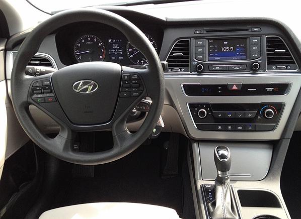 2015 Hyundai Sonata Se First Drive Review Consumer Reports