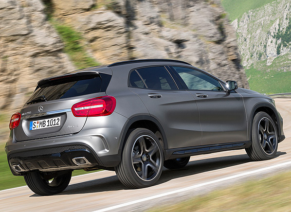 2015 mercedes benz gla class small luxury suvs for New mercedes benz small suv