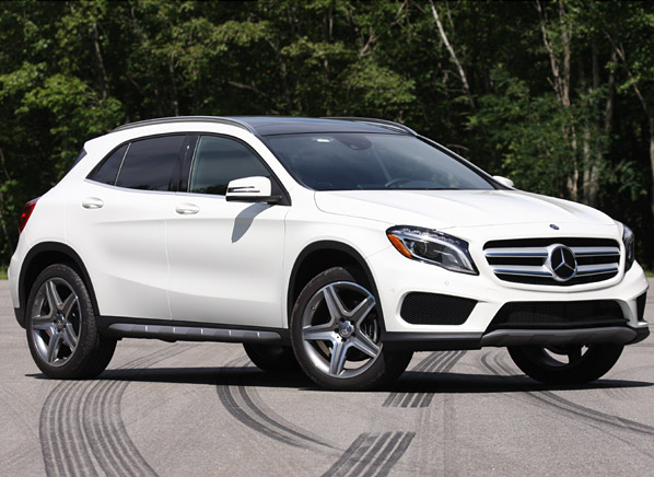 mercedes benz gla joins the small suv fray consumer reports news. Black Bedroom Furniture Sets. Home Design Ideas