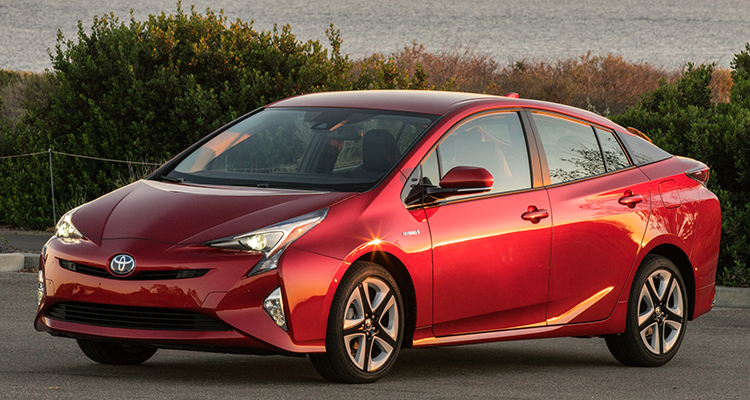 The Toyota Prius hybrid is a good choice to get to 200,000 miles.
