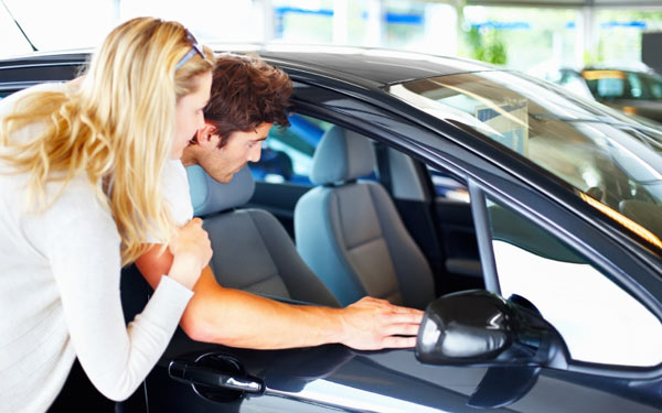 2013 10 best end of the year deals on new cars consumer reports. Black Bedroom Furniture Sets. Home Design Ideas