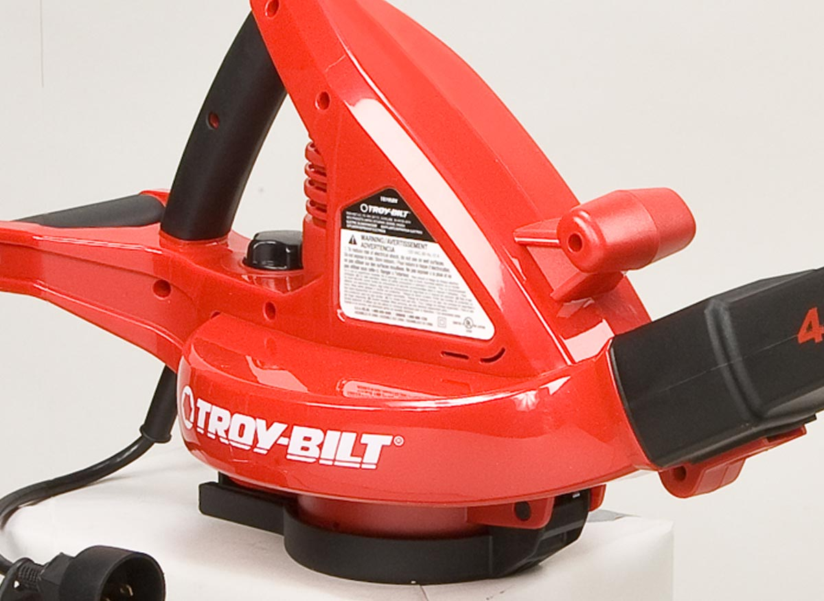 Photo of a leaf blower's bottom-mounted air intake.