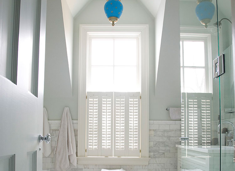 how to pick the right white paint consumer reports. Black Bedroom Furniture Sets. Home Design Ideas