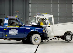 Crash-Ford-Ranger-Tiger