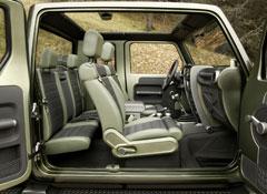 Jeep-Wrangler-Gladiator-interior
