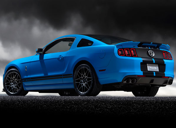 2013-Ford-Shelby-GT500-r-large.jpg