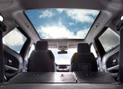 2012-Land-Rover-Range-Rover-Evoque-glass-roof.jpg