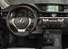 2013-Lexus-ES-350-dash-pr.jpg