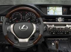 2013-Lexus-ES-350-pr-dash.jpg