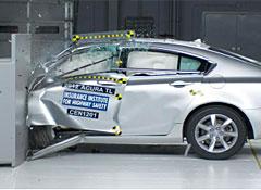 2012-Acura-TL-IIHS-25-crash.jpg