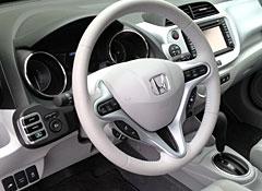 2013-Honda-Fit-EV-interior.jpg