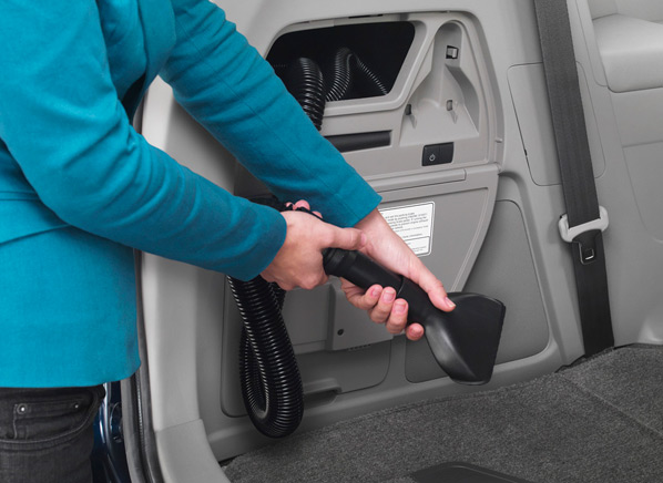 new york auto show honda odyssey minivan cleans up with built in vacuum. Black Bedroom Furniture Sets. Home Design Ideas