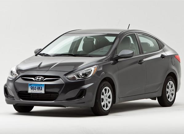 Hyundai-Accent-GLS-sedan-studio.jpg