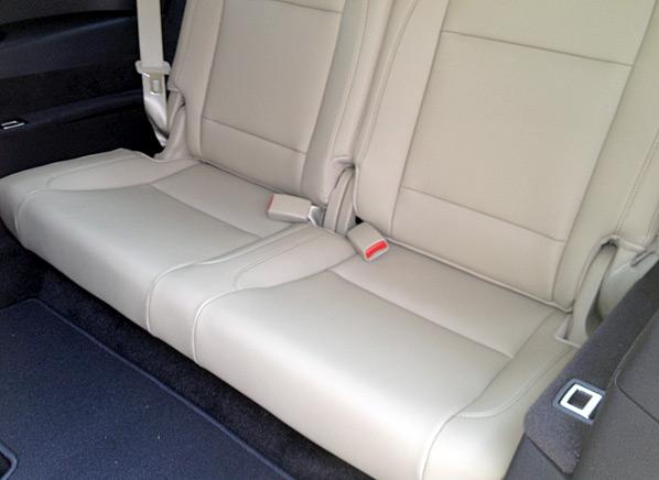 2014-Acura-MDX-back-seat.jpg