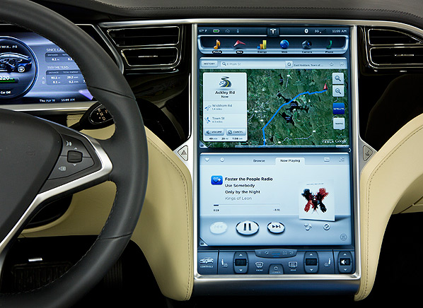 Driving the Tesla Model S is like using an iPad, thanks to ...