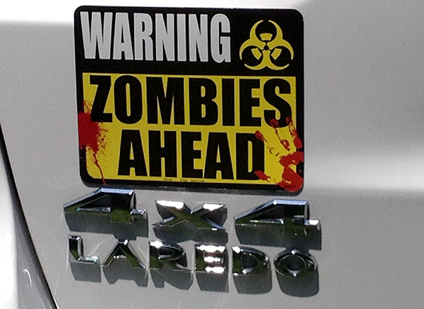 Jeep-Grand-Cherokee-zombie-sign.jpg