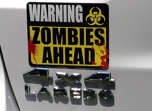 Jeep-Grand-Cherokee-zombie-sign.jpg