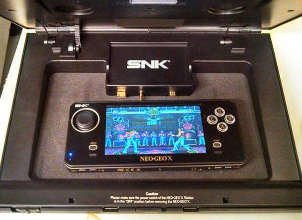 NeoGeo_Device_electronics.jpg